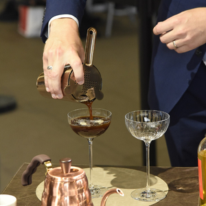Le weekend dernier, à l'occasion du @sirha_lyon , nous avons eu l'honneur d'être partenaire d'un événement incontournable du salon : le Trophée du Maître d'Hôtel ! ☕  #café #cafésMalongo #partenaire #sirha #trophée  ©️Faust Favart
