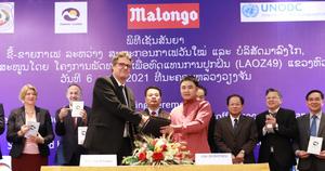 Retour en images sur la signature de l'accord de partenariat entre la coopérative Vanmaï au nord du Laos et Malongo. Ce dernier vise à construire une alternative durable à l'opium. Pour en savoir plus, retrouvez l'article complet sur notre page Facebook & Linkedin. #Malongo #CafesMalongo #Cafe #Coffee